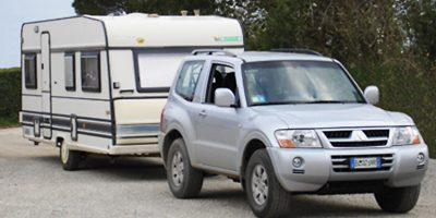 Mitsubishi Truck for towing