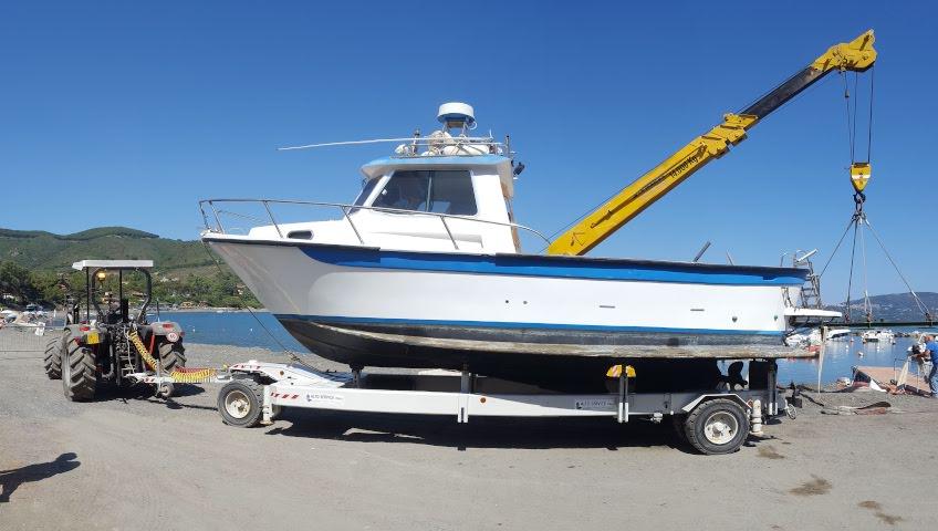 Bootslager auf der Insel Elba