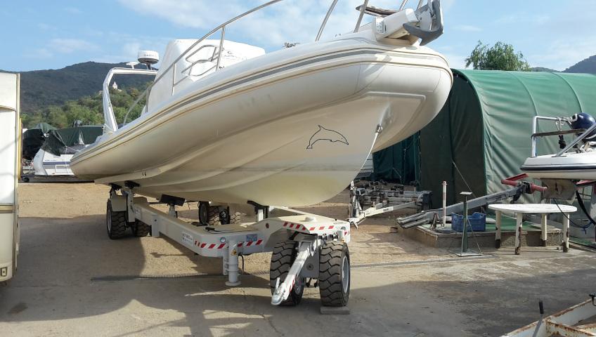 Boat storage on Elba Island - outdoor storage