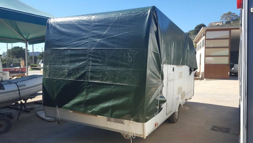 Caravan Parking on Elba Island - Caravans with three-layer tarpaulin